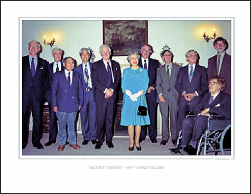 THE QUEEN AND MEMBERS OF THE MOUNT EVEREST TEAM OF 1953